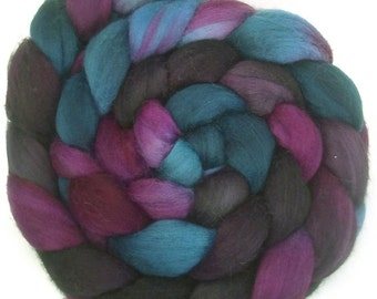 Handpainted Polwarth Wool Roving - 4 oz. TWILIGHT - Spinning Fiber