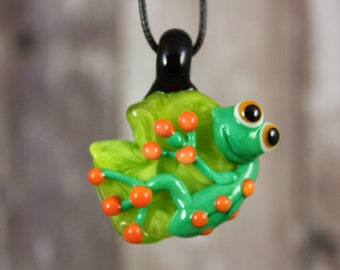 Frog Necklace, Frog Jewelry, Frog Pendant, Frog on a Lily Pad, Frog, Glass Frog, Glass Pendant, Frog on a Heart Necklace, Love Pendant, Frog