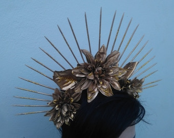 Luna Halo Headdress || Gothic Halo Headdress Pointed End Spikes