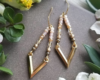 Beaded V Earrings in Gold >>  Petite Chevron Drop Earrings with Pink, Peach, Gold and Bronze Beads >> Boho Style