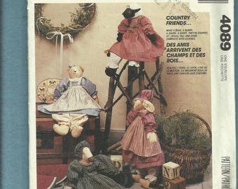1989 McCalls 4089 Country Friends Farm Friendly Stuffed Animals with Country Frocks UNCUT
