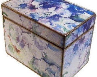 Decoupaged Recipe Box, Wedding Guest Book Box, Holds 4x6 Cards, Storage and Organization, Large Box, Purple Hydrangeas, MADE TO ORDER