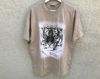 1990's Vintage Barnum & Bailey Circus White Tiger T-Shirt