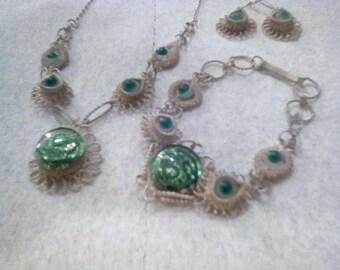 SALE ! Necklace Bracelet Earrings Set - Vintage Jewelry - Green Stones - Estate Lot