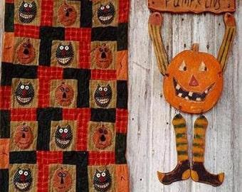 Primitive Halloween Quit  Pattern EPattern  PDF Wood JOL Pumpkin Door Hanger Black Cats Folkart Folk Art  Hickety Pickety 069
