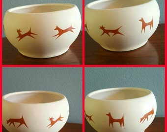 McCoy modern cats and dogs treat bowl