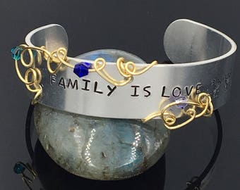 Custom Message and Birthstone Mother's or Family Bracelet