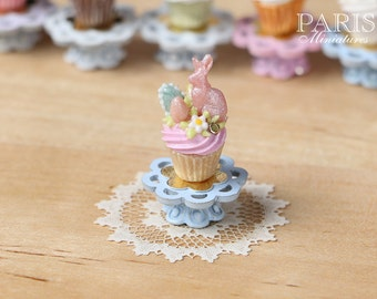 """MTO-Easter """"Showstopper Cupcake (L) - Pink Rabbit, Pink Cream - Miniature Food in 12th Scale"""