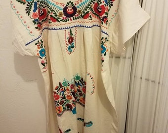 Mexican Floral Hand Embroidered Dress Size Extra Large