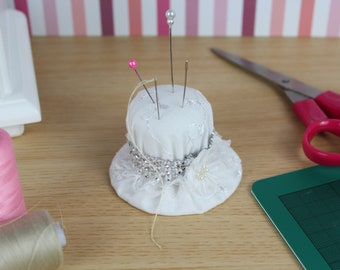 Pin Cushion / Sewing Gift / Sewing Accessory / Craft tool / Handmade hat / Sewing tool / Pincushion / White lace and silver ribbon