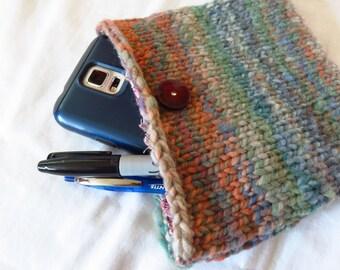 Right 'Round Clutch - Handspun, handknit pouch