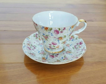 Vintage Collectible LEFTON 2119 FLORAL Chintz Footed Tea Cup & Saucer Set, England