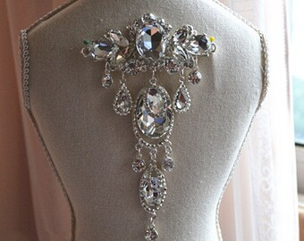 Bridal Applique, Diamante Brooches, Rhinestone applique, Crystal Brooches, Rhinestone Brooches, diamante brooches for garters,