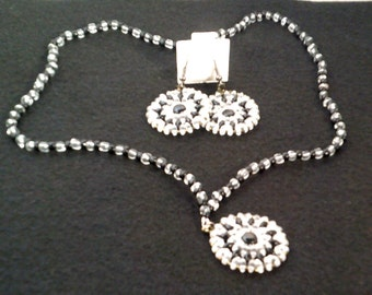 Superduo Pin Wheel Necklace & Earring Sett
