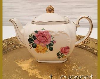 Excellent condition SADLER teapot