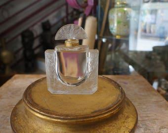 "Perfume bottle Crystal Lalique ""Honeysuckle"""