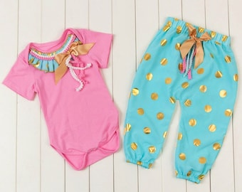 Free shipping to US and PR,Turquoise bottom,Turquoise outfit set,Pink Bodysuit,Gold dots outfit