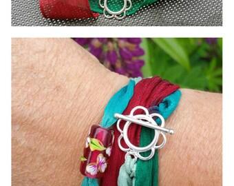 "Bracelet ""Silk"" Collection. Flower"