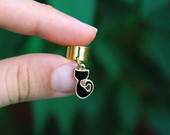 Black cat ear cuff jacket, Cat lover gift, Animal totem earcuff, Miniature earring, Tiny silhouette charm, Cute golden earring, Body jewelry