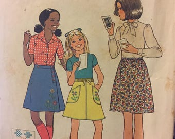 Vintage 1970's Girls' Skirts Sewing Pattern Simplicity 7461 Size 7 Waist 23 inches  Complete