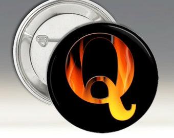 Q 3 1/2 pouce badges Badges / Qanon / flammes / drapeau américain