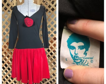Vintage 1980s Womens Betsey Johnson Junior Prom Formal Dress Red & Black Punk Goth Off the Shoulder Stretch Mini Dress Retro Pinup