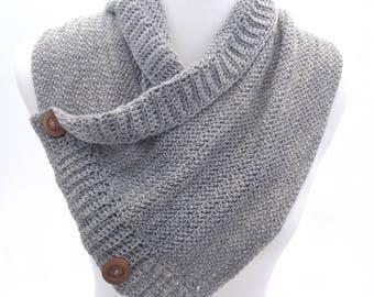 Buttoned Cowl - Gray Alpaca Yarn -