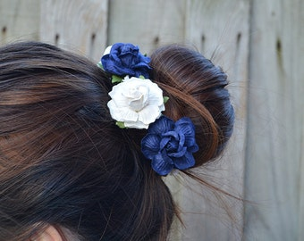 NW - navy blue and white floral bun crown, white flowers