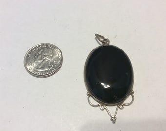Vintage sterling silver onyx pendant badn