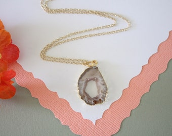 Tiny Geode Necklace, Druzy Necklace Gold, BoHo Necklace, Crystal Necklace, Geode Slice, Gold Slice Druzy,GCH56