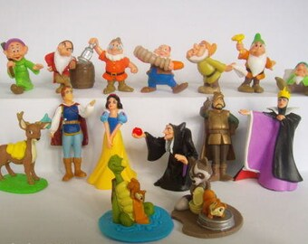 15 figures set Snow White And Seven Dwarfs Cake Toppers Toys Decoration
