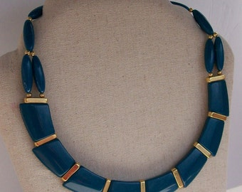 Vintage Trifari Teal Blue Lucite Necklace Choker Asymmetrical Design