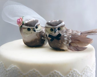 Owl Wedding Cake Topper in Cocoa Brown: Bride & Groom Love Bird Cake Topper