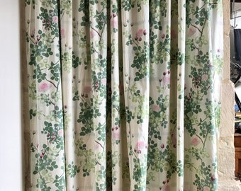 FRENCH VINTAGE CURTAINS / Draperies / Panel curtains / Romantic style / Floral / Made in France / One pair / Country / Cottage / 50s