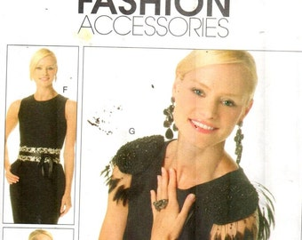 SALE* McCalls 6253, Scarf/Necklace/Belt/Shoulder Epaulettes/Shoe Decorations/Craft Accessories pattern, directions in English/Spanish