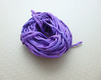 Dyed silk cord hand N ° 938