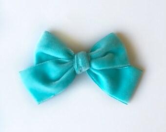 Medium Turquoise Vintage Velvet Bow