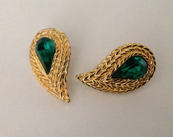 Vintage Emerald Green Teardrop Swirl Earrings