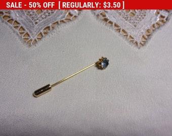 Vintage blue rhinestone stick pin