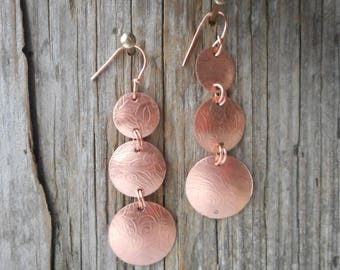 copper dangle earrings, handmadcopperjewelry, copper dangles, copper earrings, textured copper earrings,hypo-allergenicjewelry