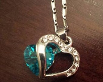 Silver Shimmer Heart necklace