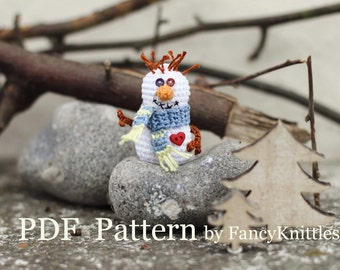 Crochet Snowman PATTERN, PDF Pattern, Christmas ornament, snowman, Winter Holiday home decor, white, blue, red