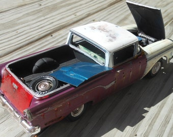 ScaleModelJunker,Classicwrecks,Scale Model Car,Ford Ranchero,Rusted Wreck,John Findra