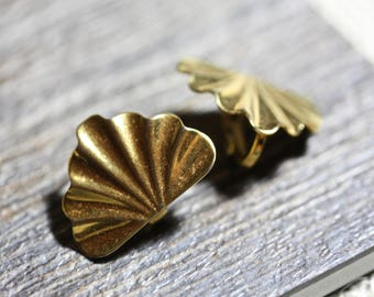 Goldtone fan vintage clip earrings