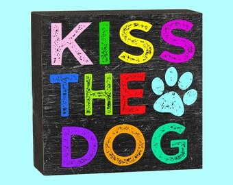 Kiss The Dog - 10350