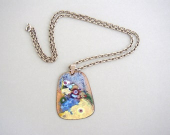 Sixties enameled copper pendant in abstract style and silver tone chain vintage
