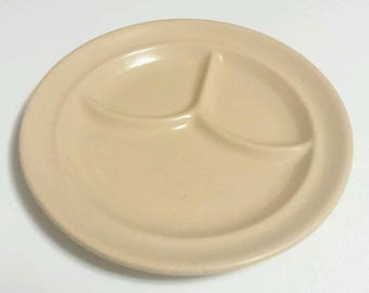"""Vintage Tepco China 9.25"""" Restaurant Ware Tan/Beige Divided Dinner Buffet Plate"""
