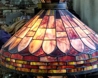 Vintage Tiffany Style light, hanging stained glass lamp
