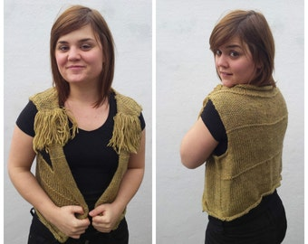 Green wool vest with fringe, knit vest, knitted vest, women's vest, green vest, fringed vest, wool vest vest with fringes, hippie fashion