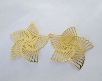 2 brass 22 mm spiral flower prints